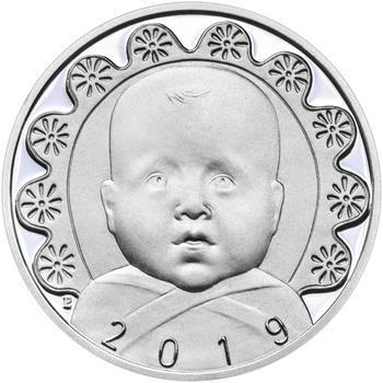 Stříbrný medailon k narození dítěte s peřinkou 2019 - 28 mm, Stříbrný medailon k narození dítěte s peřinkou 2019 - 28 mm - 1