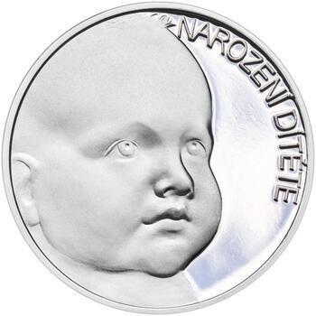 Stříbrný medailon k narození dítěte s peřinkou 2021 - 28 mm, Stříbrný medailon k narození dítěte s peřinkou 2021 - 28 mm - 2